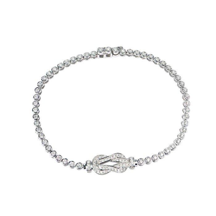18k金馬蹄形鑽石手鏈