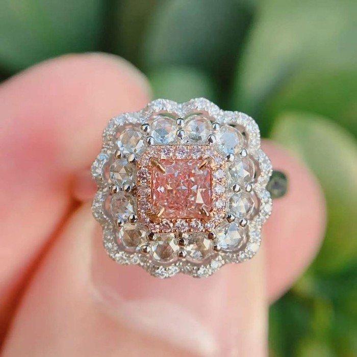 奢華GIA粉色鑽石鑽戒