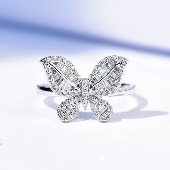 18K金蝴蝶款式鑽戒