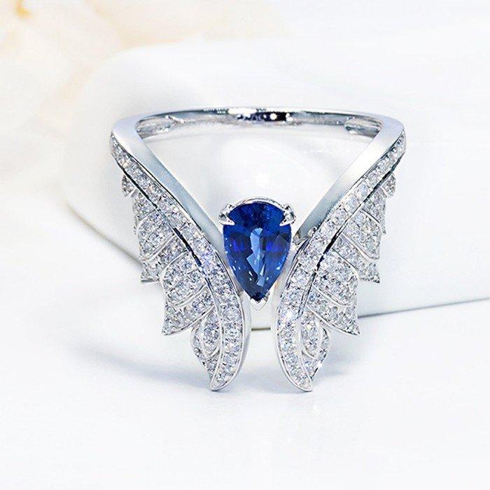 天使之翼藍寶石鑽戒