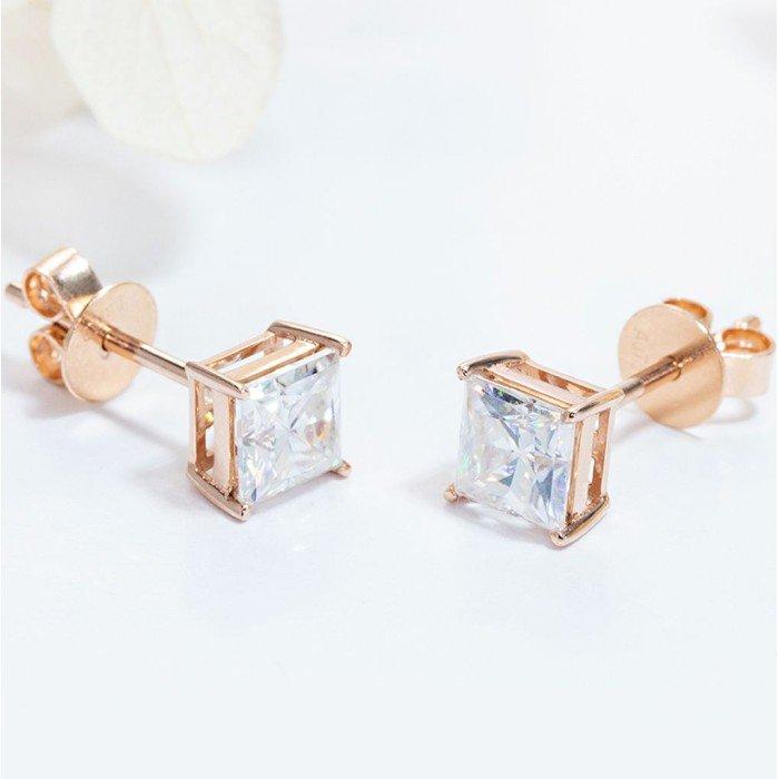 18K金1克拉公主方鑽石耳環