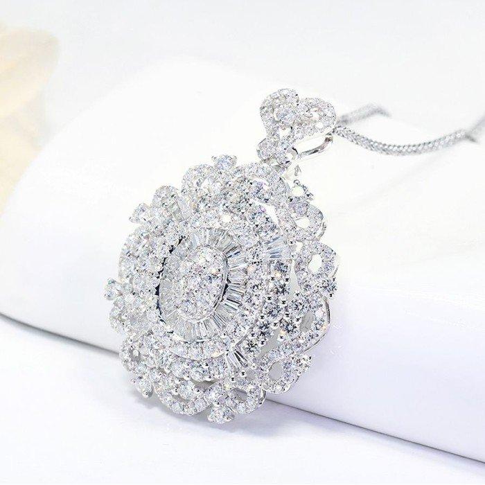 18K金豪華蕾絲鑽石項鍊